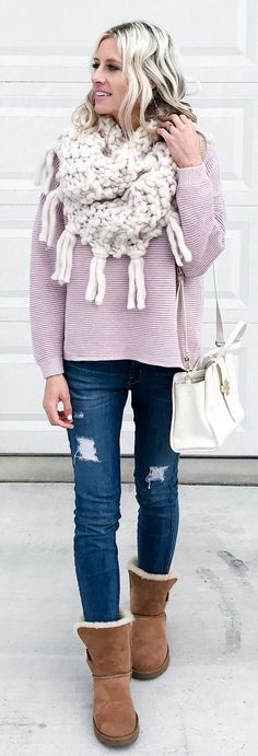 White Fringe Scarf / Ripped Skinny Jeans / Brown Boots / Pink Knit / White Leather Shoulder Bag