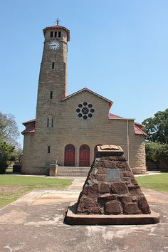 The Dutch Reform Church is found at 103 Murchinson Street, Ladysmith, KwaZulu-Natal, South Africa. It is declared a heritage site. Old Time Religion, Kwazulu Natal, Old Churches, Church Building, Beaches In The World, Brick And Stone, Chapelle, Most Beautiful Beaches, Place Of Worship