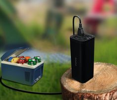 With solar generator, you can get cool drinks when you are camping with your friends. Portable Solar Power, Portable Solar Panels, Ups Power Supply, Solar Powered Generator, Solar Power Station, Emergency Power, Outdoor Tools, Solar Panel System, Electronic Devices