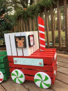 Oh my I LOVE LOVE LOVE how my little crate train turned out. I got my inspiration from The Keeper Christmas Train, Christmas Wood, Homemade Christmas, Christmas Projects, Winter Christmas, Christmas Wreaths, Christmas Ornaments, Christmas Ideas, Diy Christmas Yard Art