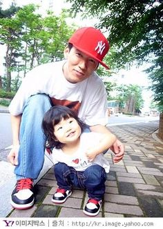 (Found on the WWW. I do not own this photo.) JinuSean