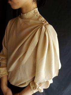 フランス・ブラウス・シルク・オフホワイト | M | Madame de Saint gil,ヴィンテージ1960