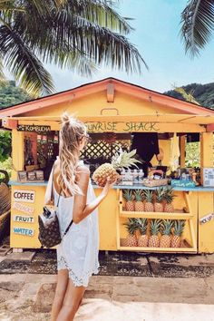 The thing that is first do every early morning is go online to check the surf. If the waves are good, I'll go surf. Beach Aesthetic, Summer Aesthetic, Travel Aesthetic, Hawaii Pictures, Beach Pictures, Summer Pictures, Hawaii Pics, Hawaii Hawaii, Hawaii Tumblr