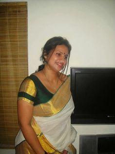 Most Beautiful Stylish Hot Girls Aunties Profile Pictures Please follow and repin for more hot.  #Cutegirls #gaandpics #bedphotos #Cuteindian #Schoolgirls #hugimages #indiangirls #pakistanigirl #CuteSexy #sexyGirls # #CollegeGirlsPics # #Lesbiangirls #adultphotos #hotpics #nudeaunty #indianaunty #bathingpics #IndianHousewife #Northindian #bhabi #cuteboobs #auntyselfie #beautyaunties #beautygirls aunties #bhabhi #Cleavage #Curves #deepcleavage #desiboobs #desiaunties #Girlshot #sexyaunties