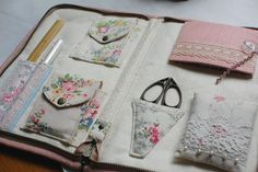 *インポートファブリック・アンティーク素材を使ったバッグの製作日記* ハンドメイドならではのカワイイを形に。 使いやすさを日々研究しています。
