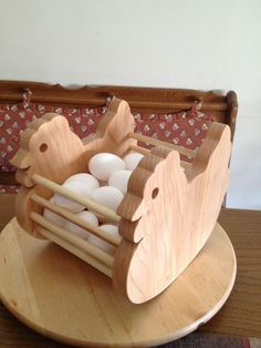 Eggs basket, holds more than 30 eggs...
