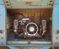 ♠ VW Kombi Van engine compartment.