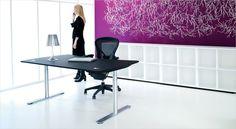 Holmris X12 working desk. Skrivebord. Hæve/sænkebord.