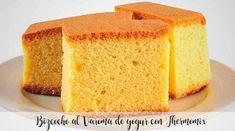 Bizcocho al Varoma de yogur con Thermomix - Recetas para Thermomix Vanilla Sponge Cake, Vanilla Cake, Biryani Chicken, Breakfast Items, Oven Recipes, Cornbread, Chocolate, Cooking, Ethnic Recipes