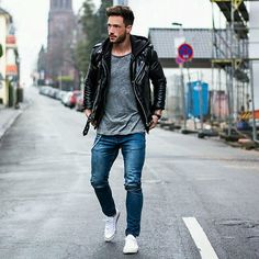 I like this causal look .:Casual Male Fashion Blog:. (retrodrive.tumblr.com)current trends | style | ideas | inspiration | classic subdued
