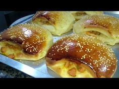 COMO FAZER SALGADO ASSADO DE LANCHONETE DE QUEIJO COM LINGUIÇA - YouTube Pretzel Bites, Doughnut, Baked Potato, French Toast, Food And Drink, Bread, Baking, Breakfast, Ethnic Recipes