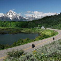 Rockefeller Parkway, Wyoming. Via T+L (www.travelandleisure.com).