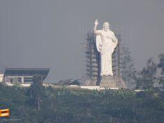Buenos días Bucaramanga, amanece este hermoso día con la bendición del Santísimo, excelente monumento. Gracias Miguel Angel Suárez (http://on.fb.me/1viMsM2) por compartir esta foto #bucaramangabonita