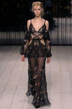 Alexander McQueen | Ready-to-Wear - Autumn 2016 | Look 22