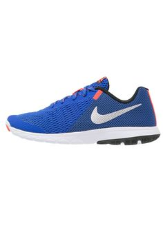 Nike Performance FLEX EXPERIENCE RUN 5 Laufschuh Wettkampf racer blue/metallic silver/black/white/total crimson Sport bei Zalando.de | Obermaterial: Textil/Synthetik, Innenmaterial: Textil, Sohle: Kunststoff, Decksohle: Textil | Sport jetzt versandkostenfrei bei Zalando.de bestellen!