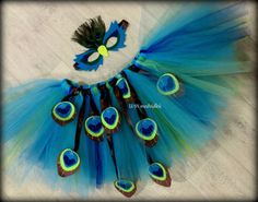 Recycling For Kids, Diy For Kids, Diy Costumes, Halloween Costumes, Laddu Gopal Dresses, Peacock Costume, Recycled Dress, Fancy Dress For Kids, Some Ideas