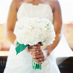 White Wedding Bouquet #wedding