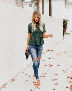 cute and casual date night outfit Peplum Top Outfits, Mom Outfits, Classy Outfits, Stylish Outfits, Fall Outfits, Fashion Outfits, Peplum Tops, Summer Jean Outfits, Casual Date Night Outfit Summer