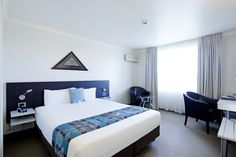Superior King room, modern and comfortable room, king size bed.