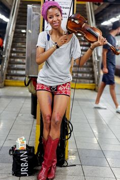 NYC Subway Style - How To Look Cute On The Train