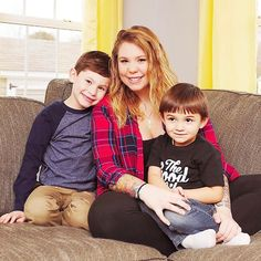 "Kailyn Lowry pregnant with her third child -- ""Please know this was a choice I made"" 'Teen Mom 2' star says Kailyn Lowry is going to be a mother of three. #TeenMom #TeenMom2 #KailynLowry @TeenMom"