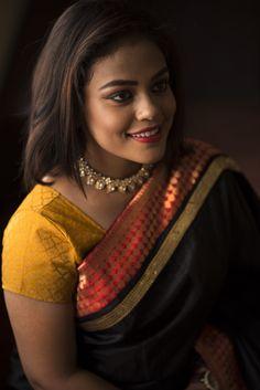 Photographer: Sheiks   www.urbanfashioner.com    I recently did a photoshoot for designer vinodini sekar for her brand Manjal couture.