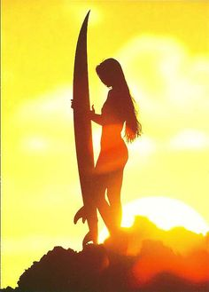I want to learn how to surf.and then surf in the sunrise. Kitesurfing, Surf Mode, Foto Art, Surf Style, Surf Girls, Mellow Yellow, Belle Photo, Sunrise, Photos