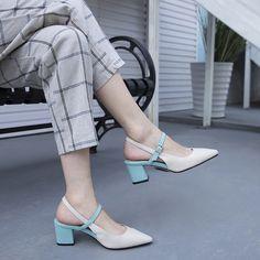 #chiko #chikoshoes #shoes #fashion #fashionable #style #lookbook #fall #winter #autumn #new #best #streetstyle #chic #trend #streetfashion #pumps #white #slingback #gloveshoes #2018 #spring #stylish #summer #elegant #blue