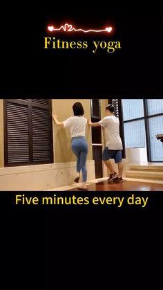 10 Minute Cardio Workout, Beginner Yoga Workout, Gym Workout Videos, Gym Workout For Beginners, Fitness Workout For Women, Easy Workouts, Workout For Flat Stomach, Senior Fitness, Flexibility Workout