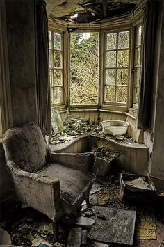 Mystery Manor. Best seat in the house...Once, via Flickr.