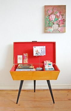 The red vintage table