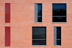 Newton Junction, a 85 000 sqm shopping and hotel complex, is set in the vibrant and edgy Newtown Cultural Precinct in the North West of Johannesburg CBD. The architecture is simple and direct, reinterpreting the brickwork and lightweight industrial aesthetic of the surrounding historic fabric. #dhk #NewtonJunction #Johannesburg #architecture #architects #design #buildings #CapeTown #cityscape #facade Brickwork, North West, Architects, Facade, Buildings, Vibrant, Industrial, Simple, Outdoor Decor