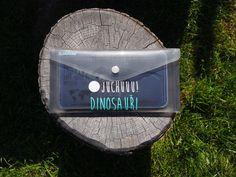 Dinosauři. Sada 10-ti párů přiřazovacích kartiček koster dinosaurů + informační karta.