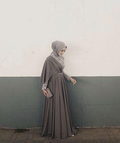 53 Trendy Dress Brokat Syari 53 Trendy Dress Brokat Syari Source by brokat Kebaya Muslim, Batik Muslim, Kebaya Hijab, Kebaya Dress, Dress Pesta, Muslim Dress, Hijab Gown, Hijab Dress Party, Hijab Style Dress