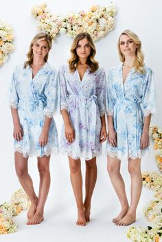 Touch of Lace Pastel Fleur Robe