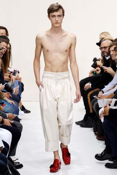 whaaa!? J.W. Anderson Spring 2016 Menswear - Collection - Gallery - Style.com