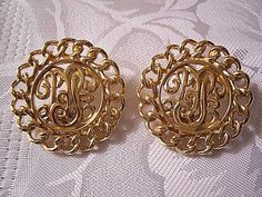 Monet Medallion Disc Clip On Earrings Gold Tone Vintage Curb Link Edge