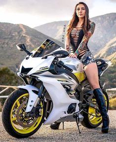 MeWe is the Next-Gen Social Network. Dirt Bike Girl, Lady Biker, Biker Girl, Fille Et Dirt Bike, Motos Sexy, Art Moto, Sexy Autos, Chicks On Bikes, Moto Cross