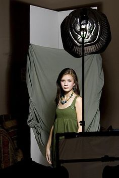 DIY Beauty Dish | DIYPhotography.net  AND how to create awesome fake backdrop - two cardboard pieces at 90 degrees and a sheet across them (duh!)