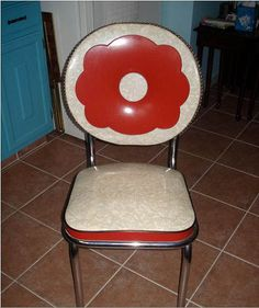 1940's kitchen chair :-) Had never seen one with a round back