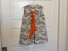 2013 toile dress with binders