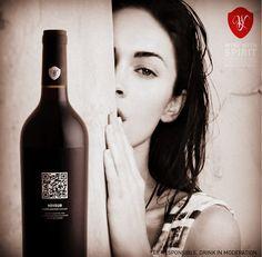 http://store.winewithspirit.net/pt/carpe-noctem-voyeur-red No vinho, como na vida, há momentos inesquecíveis, oportunidades raras em que vale a pena quebrar tabus e deixar que as emoções tomem conta de nós... *** In wine, as in life, some moments should never be forgotten, rare opportunities where we should break all rules and let emotions roam free...  Our Wine, Your Spirit #WineWithSpirit #saturday #vinho #wine #portugal #carpenoctem #voyeur