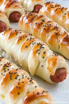 Sausage bread is one of the more typical Asian style bread, and they come with many different kind of styles, but I am going to use braid for my sausage bread. Sausage Bread, Breakfast Casserole Sausage, Sausage Rolls, Sausage Recipes, Bread Recipes, Pork Recipes, Appetizer Recipes, Snack Recipes, Cooking Recipes
