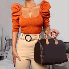 Knit Fashion, Look Fashion, Fashion Women, Club Fashion, Female Fashion, High Fashion, Fashion Design, Top Soirée, Short Tops