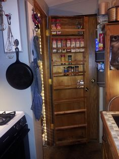 Pallet Spice rack #Kitchen, #Pallet, #Rack