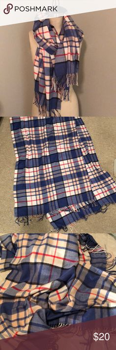 ✨NEW✨ Gap Plaid Flannel Scarf Super soft plaid flannel scarf from Gap, perfect condition! It's slightly lighter 'periwinkle' blue than in the pictures! GAP Accessories Scarves & Wraps