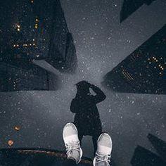 Urban street art photography artists ideas for 2019 Street Art Photography, Reflection Photography, Dark Photography, Artistic Photography, Creative Photography, Amazing Photography, Portrait Photography, Photography Composition, Photography Ideas