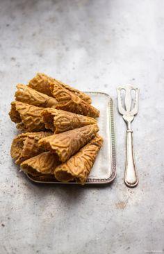orange cinnamon waffle cones