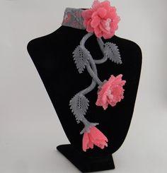Seed Bead Flowers, Seed Beads, Beaded Jewellery, Jewelry, Bead Crafts, Beadwork, Knots, Bb, Carving