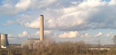 """""""Explosion"""" at Didcot Power Station http://descrier.co.uk/news/uk/explosion-at-didcot-power-station/"""